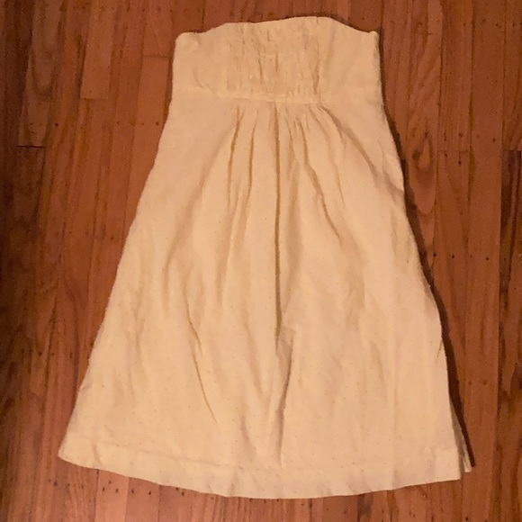 Lily Pulitzer yellow strapless dress. Size 6.